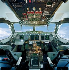 A400Mcockpit Airbus ✈ The Amazing Airbus A400M MILITARY