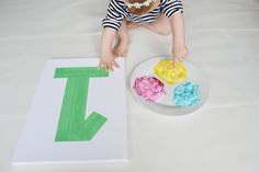 Your baby is turning one! Set your little artist in motion to make one of these projects that'll help you remember the momentous occasion for years to come.