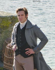 "A thoughtful (and very cute) Luke Norris aka Dr. Dwight Enys on set of ""Poldark"" Poldark Book Series, Poldark Books, Bbc Tv Series, Poldark 2015, Demelza Poldark, Ross Poldark, Tracy Chevalier, Luke Norris, Ross And Demelza"
