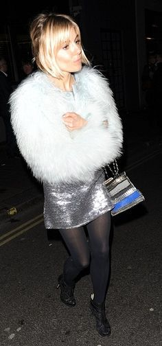 Sienna Miller - Matthew Williamson Fall 14 Fur Coat