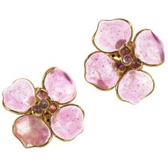 Pre-owned Chanel Vintage Pink Poured Glass Floral Gripoix Glass... ($793) ❤ liked on Polyvore featuring jewelry, earrings, accessories, pink, chanel jewelry, glass jewelry, preowned jewelry, floral jewelry and chanel earrings