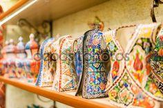 Cerámica turca en el gran bazar de Estambul, Turquía — Imagen de stock #91816580
