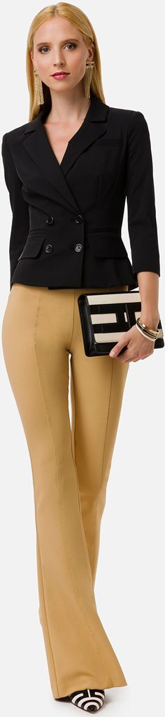 Dressy Pants, Queen Latifah, Two Pieces, Designer Collection, Strong Women, Her Style, World Of Fashion, Catwalk, Beige