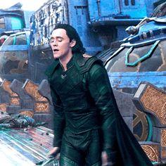 Thor Ragnarok Loki is best Loki Loki Thor, Loki Laufeyson, Tom Hiddleston Loki, Thomas William Hiddleston, Marvel Avengers, Loki Art, Marvel Comics, Marvel Memes, Asgard
