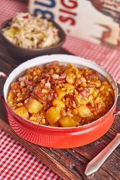 Az eredeti pásztortarhonya   Street Kitchen Meat Recipes, Real Food Recipes, Cooking Recipes, Yummy Food, No Cook Meals, Kids Meals, Hungarian Recipes, Simply Recipes, Food 52