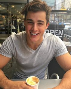 12 pictures of Pietro Boselli to brighten your day, because why not - Wicked Italian Male Model, Italian Models, Boy Models, Male Models, Most Beautiful Man, Gorgeous Men, Blake Steven, Tyson Beckford, Pietro Boselli