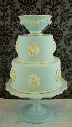 This would be amazing for a wedgewood inspired celebration - quirky wedding cake