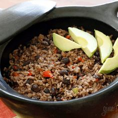 Arroz Congri (Cuban Rice and Black Beans) by skinnytaste: Great with brown rice too! Rice The aroma that fills your kitchen while cooking this Cuban rice and black beans dish, arroz congri, will make you want to pump up the salsa music and grab a mojito! Cuban Rice And Beans, Rice And Beans Recipe, Cuban Black Beans, Black Beans And Rice, Green Beans, Cuban Recipes, Rice Recipes, Cooking Recipes, Healthy Recipes