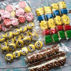 Ideas cupcakes decorating mini for 2019 Lego Cookies, Mini Cookies, Cookies For Kids, Fancy Cookies, Iced Cookies, Cute Cookies, Cupcake Cookies, Sugar Cookies, Cookie Frosting