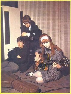 Jane Asher with her brother Peter and Gordon