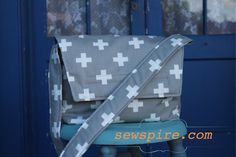 How to sew a Crossbody Messenger Tote Bag