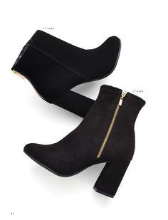 Boots - Bota - Fashion - Cano baixo - Heels - Ref. Dream Shoes, Crazy Shoes, Me Too Shoes, Black High Heels, Black Boots, Heeled Boots, Ankle Boots, Shoes Heels Boots, Gucci Boots