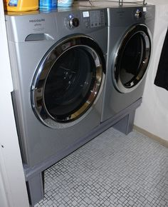 Picture of 12-Step Washer/Dryer Pedestal