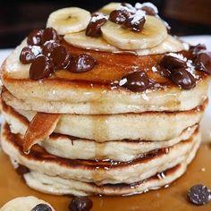 """Mi piace"": 3,628, commenti: 76 - Hayley Langholtz (@hungrybocagals) su Instagram: ""in a pancake kinda mood  credits:: @hotspothunter @foodagramerz"""