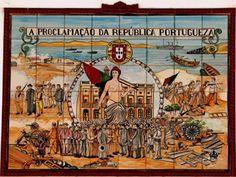 Soure, Portugal | Proclamação da República Portuguesa. (Painel de azulejos numa casa)