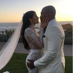WAGS stars Nicole Williams & Larry English's #NicandLarry Wedding is Trending | Find Out Why! - BellaNaija