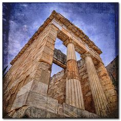 The Athenians Treasure at Delphi Ancient Greek Architecture, Art And Architecture, Temple Design, Ancient Greece, Athens, Archaeology, Travel Photos, Beautiful Places, Tired Eyes