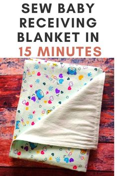 Learn how to sew this baby blanket in 15 minutes with this easy and quick sewing tutorial. This is an easy sewing project, which can be tried by a beginner. Sewing Projects For Beginners, Sewing Tutorials, Sewing Hacks, How To Sew Baby Blanket, Easy Baby Blanket, Baby Receiving Blankets, Blankets For Babies, Baby Gifts To Make, Do It Yourself Baby