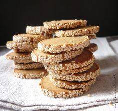 Az áfonya mámora: Gorgonzolás szezámos keksz