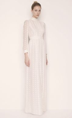 If I were to get hitched.... I would love for it to be in this dress. True story.