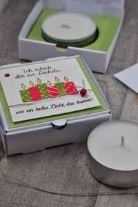 """Teelicht-Verpackung in der Pizzabox mit einer Adventsgeschichte """"Licht sein"""" darin."""