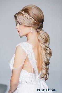 Açık,Romantik,Dağınık,Dalgalı,Şık,Zarif Gelin Saç Modelleri 2014