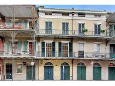 Charming balcony overlooking St Peter St! Enjoy a Royal St entrance to this historic 1839 brick townhouse, just steps to Jackson Square.  Original heart pine floors, 12 ft ceilings, classic French Quarter Character.  This is the entire 2nd floor of the building, with 2 separate spaces.  3 rooms...