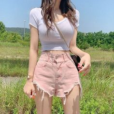Korean Girl Fashion, Ulzzang Fashion, Kpop Fashion Outfits, Edgy Outfits, Cute Casual Outfits, Pretty Outfits, Korean Outfit Street Styles, Korean Outfits, Korean Clothes