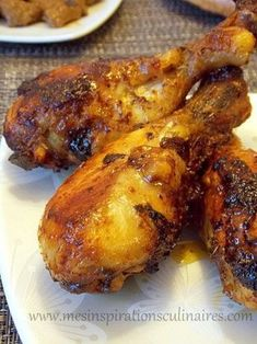 Baked chicken drumsticks (delicious marinade) Source by adrocourt Healthy Dinner Recipes, Cooking Recipes, Cooking Games, Baked Chicken Drumsticks, Marinated Chicken, Food Porn, Food Inspiration, Love Food, Chicken Recipes