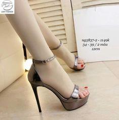 Sparkly Wedding Shoes, Glitter High Heels, Thigh High Heels, Fancy Shoes, Fashion Heels, Womens High Heels, Beautiful Shoes, Girls Shoes, Shoes Heels