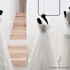 Retail design - Maria Luisa Pascuzzi Retail Design, One Shoulder Wedding Dress, Wedding Dresses, Fashion, Atelier, Bride Dresses, Moda, Bridal Gowns, Alon Livne Wedding Dresses