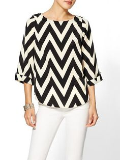 Everly Clothing Chevron Print Blouse for Sale Chevron Blouse, Chevron Tops, Black And White Style, Printed Blouse, Dress To Impress, Passion For Fashion, T Shirts, Fashion Design, Fashion Trends