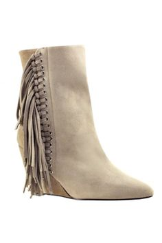 Crazy coveting a pair if fringe booties :)