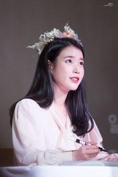 K Pop Music, Album Songs, Korean Celebrities, Asian Beauty, Girl Group, Dancer, Actresses, Kpop, Cute
