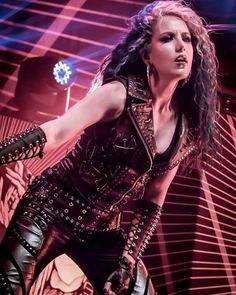 Heavy Metal Girl, Heavy Metal Fashion, The Agonist, Ladies Of Metal, Alissa White, Arch Enemy, Famous Musicians, Power Metal, Death Metal