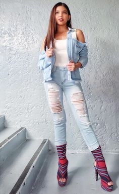 """""""Maine Mendoza ( in boots and pants for Eat Bulaga…"""" Maine Mendoza Outfit, Alden Richards, My Bebe, Theme Song, Pinoy, Hot Boys, Film Festival, White Jeans, Actresses"""