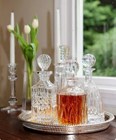 """Exceptional """"gold bar cart styling"""" info is offered on our internet site. Check it out and you wont be sorry you did. Silver Bar Cart, Bandeja Bar, Rustic Farmhouse Table, Drinks Tray, Glamour Decor, Bar Cart Decor, Tray Decor, Crystal Decanter, Decoration"""