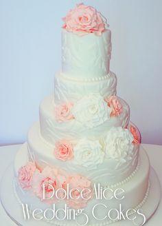 Rose Ramage Wedding Cake!! #roses #ramage #weddingcake #wedding #cake #cakes #cakedesign #cakelovers #cakedesigner #cakeoftheday #cakedecorating #sugar #sweet #food #follow #cookies #foodart #follow4follow #followme #follow #like #likeme #like4like #tagforlikes #picoftheday #bestoftheday #igers #igdaily #igersrome #igersofrome #bakery #dolce #dolci #dolcealicecakes