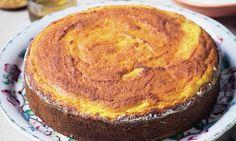 Davina's Smart Carbs: Orange and almond cake Davina Sugar Free Recipes, Low Sugar Recipes, No Sugar Foods, Cake Recipes, Dessert Recipes, Diabetic Recipes, Sugar Free Snacks, Sugar Free Baking, Healthy Fruit Desserts