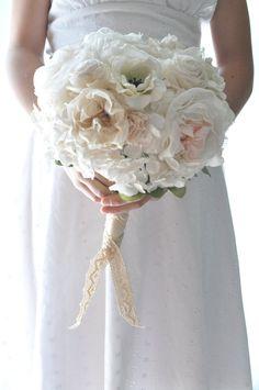 Ramo de boda Vintage depósito de encaje por AlternativeBlooms €121.48 EUR