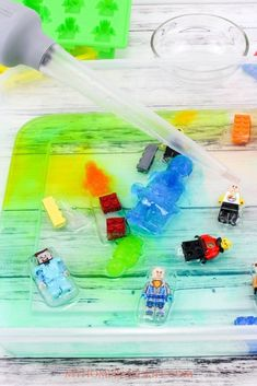 Prep this Lego Water Table for your kids the day before and let them play all afternoon. The simplest of activities bring so much joy to kids lives. Spring Activities, Craft Activities For Kids, Outdoor Activities, Learning Activities, Craft Ideas, Play Based Learning, Learning Through Play, Kids Learning, Easy Crafts For Kids