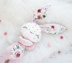 Doll Toys, Baby Dolls, Diy And Crafts, Arts And Crafts, Bunny Toys, Sewing Material, Sewing Toys, Doll Crafts, Fabric Dolls