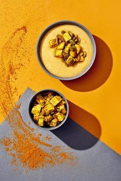 Kuohkea juuressosekeitto ja inkivääri-tofupaistos - Reseptit | HS.fi Fodmap, Tofu, Hummus, Soup Recipes, Ethnic Recipes, Easy, Soups, Soup, Chowder