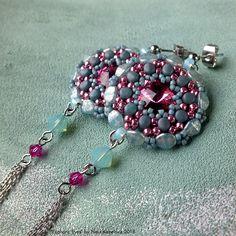 by Nela Kábelová Beaded Bracelets, Charmed, Earrings, Beading, Jewelry, Fashion, Ear Rings, Moda, Stud Earrings