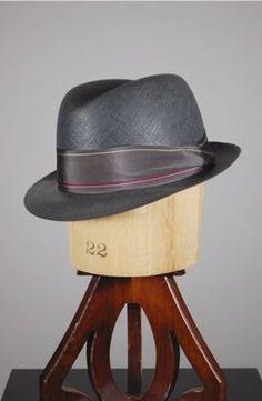 mens hat, early nice sheen on it. Gentleman Hat, Gentleman Style, Sharp Dressed Man, Well Dressed Men, Stylish Hats, Stylish Men, Fedora Hat, Trilby Hats, Men's Hats