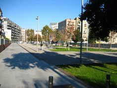 Poble Nou park by Oh-Barcelona.com, via Flickr