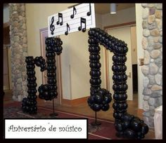 Ideas music note party decorations decorating ideas for 2019 Music Centerpieces, Music Notes Decorations, Centerpiece Ideas, Music Theme Birthday, Music Themed Parties, Balloon Columns, Balloon Arch, Motown Party, Deco Ballon