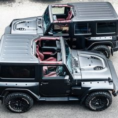 Black Hawk Edition (wide body) - available in 2 and 4 door models! .nothing like it in the world. The Original. New vehicle prices: 2 Door £49,999 4 Door £52,999 Choice of satin exterior and interior colours. www.chelseatruckcompany.com Please follow @chelseatruckco @jeepbeef @jeep_addiction @jeepofficial @jeeppage #la #Australia #ny #kahndesign #chelseatruckcompany #afzalkahn #jeepwrangler #jeepbeef #jeeps #jeep #jeeplife #wranglerjeep #landroverdefender #rubicon #jeeprubicon #harrods #...