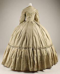 Dress    Date:      1858–62