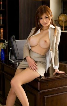 Topless asian secretary — photo 9